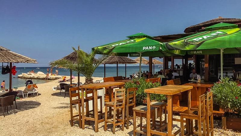 Fazana Tour-Istria-beach bar